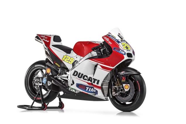 2015-Ducati-Desmosedici-GP15-MotoGP-Andrea-Iannone-07.jpg