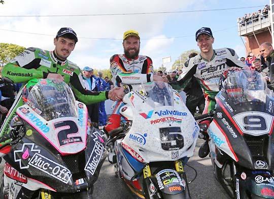 TT-2015-Superbike-Anstey-Hutchinson-Hillier.jpg