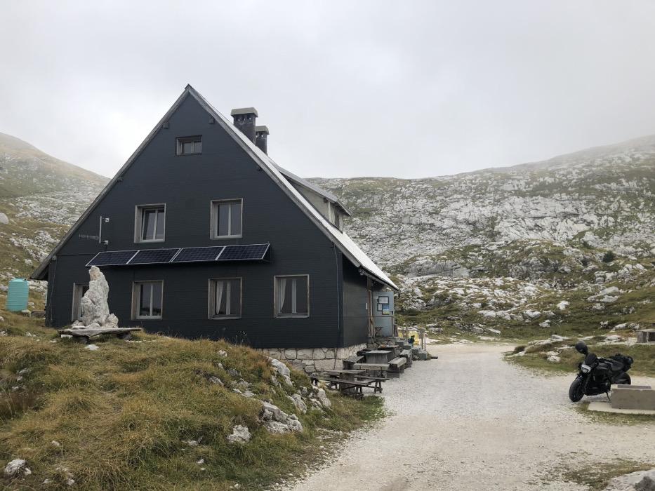 61 Duc und Schutzhütte Kopie.JPG