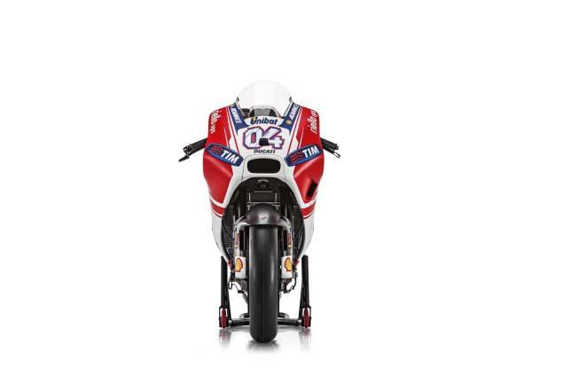 2015-Ducati-Desmosedici-GP15-MotoGP-Andrea-Dovizioso-16.jpg