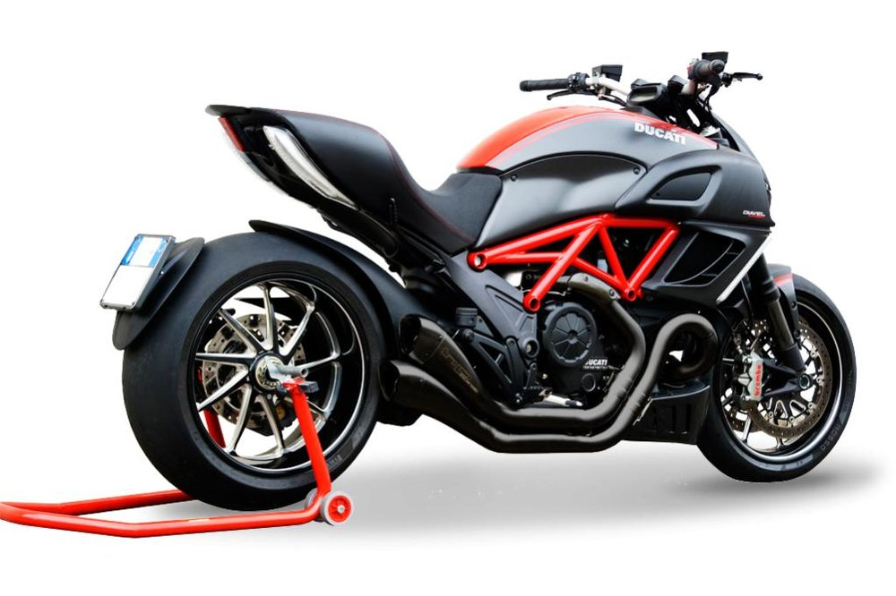 0015127_terminale-hydroform-black-race-ducati-diavel-rev1a.jpg